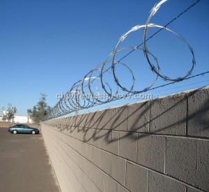 razor-wire-on-wall