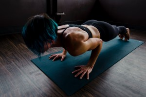 BODYWEIGHT EXERCISE TO LOSE ARM FAT