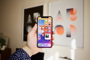 A Guide to Use Picture in Picture Mode in iOS 14