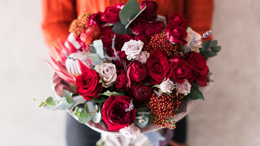 valentines day flowers- Top 6 Romantic Valentine Flowers for Special Someone