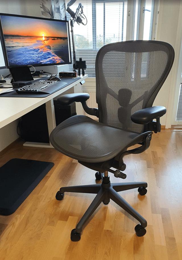 Herman Miller Aeron Office Chairs
