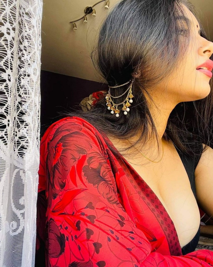 call girl service in Udaipur