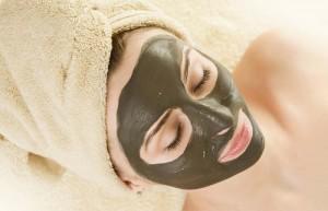 Tea-Tree-Oil-Mud-Mask