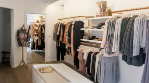 fashion-retail-womens-clothing-stores-design-ideas-layout-6