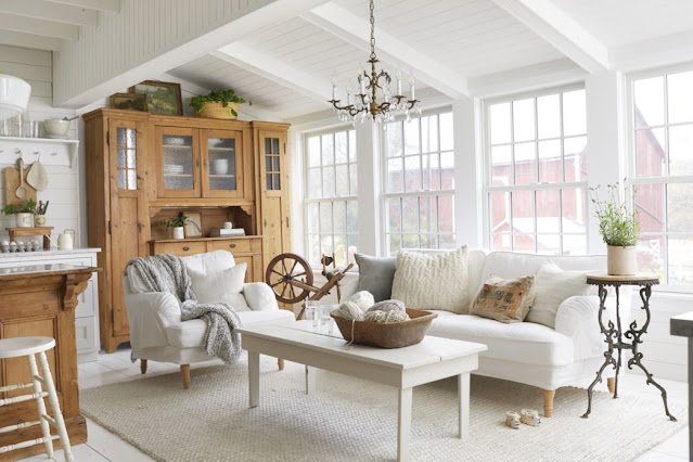 white-living-room-windows-1582223933